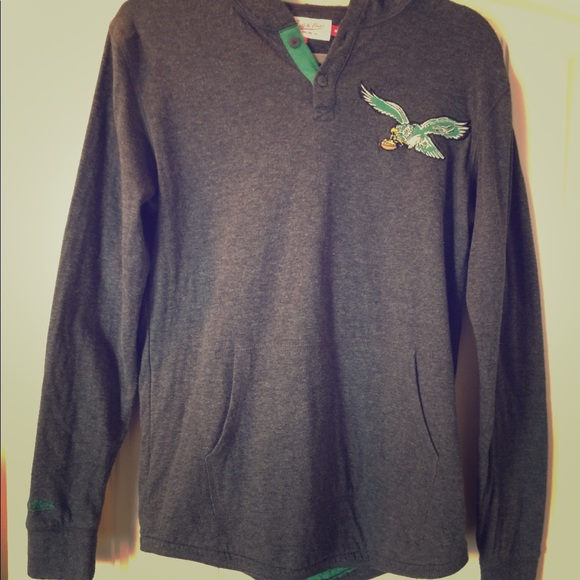 best service 87b37 24dde Mitchell & Ness Philadelphia Eagles Hoodie